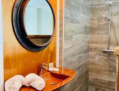 L'espace douche du gîte le Mahi-Mahi